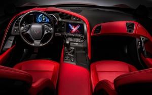 2014-chevrolet-corvette-interior-in-red